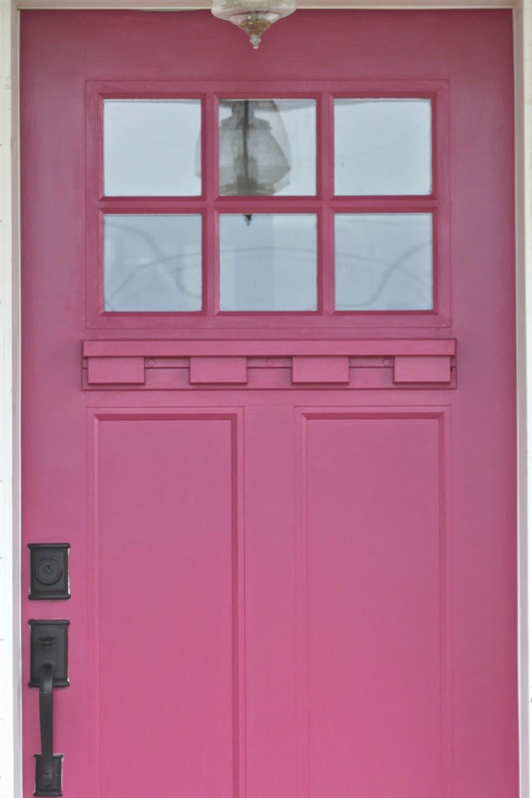 Benjamin moore 39 s royal flush will make you rethink pink for Flush front door